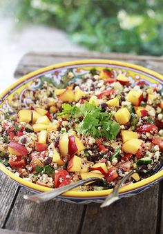 ♡ Salade de Quinoa, Nectarines, Haricots Noirs, Concombre & Maïs ♡