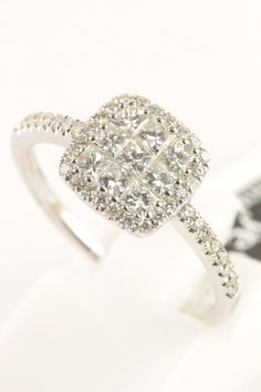 18ct white #gold #diamond cluster #ring #weddingring