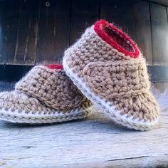 PATRON Botas bebe crochet Oxford. Descarga por ShowroomCrochet