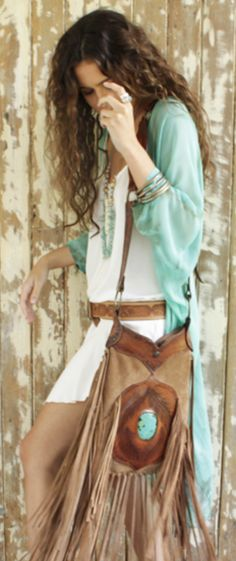 "Just a note: ""I did not write the following.... HIPPIES would know better!!!"" .....Summer boho. I'm seeing a lot of that tribal/western vibe. Looks western but it's all boho. :3 love it. that bag!"