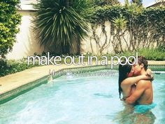 Kiss me under the pool