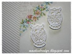 Owls in lace.