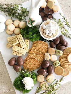 "A ""Fresh Spring"" Confectionery Board - sweet + simple. Easter Recipes, Thanksgiving Recipes, Holiday Recipes, Thanksgiving Prayer, Thanksgiving Appetizers, Thanksgiving Outfit, Thanksgiving Decorations, Brunch Recipes, Appetizer Recipes"