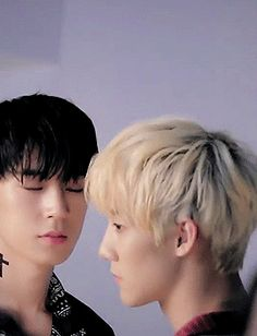 Seungseong — The way Seungjun looks at jihun i'm sweating
