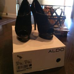 ALDO ankle booties Black ankle booties. There a little too tall for me now and I there too big. Worn a handful of times but these booties still have wear!! ALDO Shoes Ankle Boots & Booties