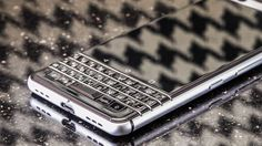 BlackBerry accuses Nokia of patent infringement report says     - CNET The BlackBerry Mercury 7628                                                       Sarah Tew/CNET                                                   BlackBerry is crying foul against Nokia alleging in a new lawsuit that its mobile networking products are infringing on as many as eleven of BlackBerrys patents without being properly licensed according to Bloomberg.    The infringement case reportedly lands in the US District…