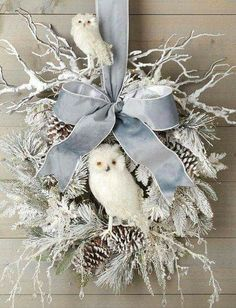 At the point when a large portion of us consider front door wreaths we think circle, evergreen, and Christmas. Wreaths come in a wide range of materials and shapes. Owl Wreaths, Wreath Crafts, Diy Wreath, Holiday Wreaths, Holiday Crafts, Winter Wreaths, Burlap Christmas Wreaths, Rustic Wreaths, Ribbon Wreaths