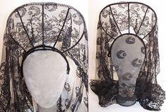 Vintage Spanish Black Chantilly Lace Mantilla Veil Peineta Comb Headband two views