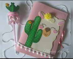 Cactus y llama Foam Crafts, Diy And Crafts, Arts And Crafts, Paper Crafts, Diy Notebook, Decorate Notebook, Diy For Kids, Crafts For Kids, Diy Agenda