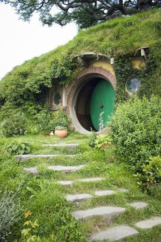 private hang out hideaway! Hobbit home!