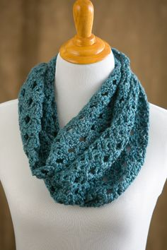 Crocheting Ends Of Infinity Scarf Together : Easy Crochet Patterns on Pinterest Crochet Shawl Patterns, Crochet ...