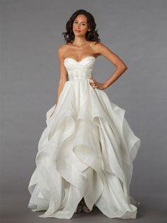 Pnina Tornai #wedding #dress http://everybrideswedding.weebly.com/