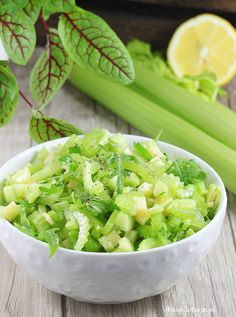 Sałatka z selera naciowego. Salad With Celery. Salad Recipes, Keto Recipes, Cooking Recipes, Whole Plant Based Diet, Snacks Für Party, Polish Recipes, Cucumber Salad, Keto Diet For Beginners, Coleslaw