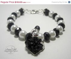 Sale 4 Mom Black and white pearl beaded bracelet by Shivati, $12.00