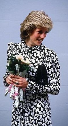 Black And White Floral Print Dress Princess Diana Fashion 4a0fe6b49f