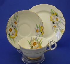 c1927-35 Royal Albert Crown China Hand Paint NARCISSUS Tea Cup Saucer Plate Trio