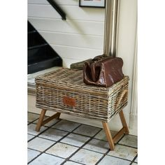 The Rustic Rattan Storage Basket is perfect for cushions and throws. The basket is hand made in Rattan and this is one of the natural materials often used by Riviera Maison. The wooden legs give this basket just that little bit extra!