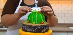 How-To Make a Super Bowl Cake Super Bowl XLIX Cake Topper
