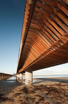 Barwon Heads Pedestrian Bridge designed by Peter Elliott Architecture