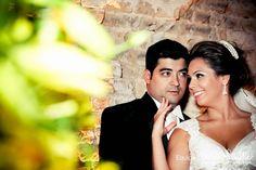 Nada melhor que começão a semana com uma linda história de amor para nos inspirar. Confira no Bem Me Quer Casar o casamento do casal Mariana & André. Emocionante!