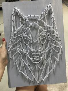 Wolf string artwork / - Nail Tips String Art Templates, String Art Patterns, Mirror Wall Art, Wall Art Decor, Diy And Crafts, Arts And Crafts, Nail String Art, Reclaimed Wood Art, Geometric Wall Art