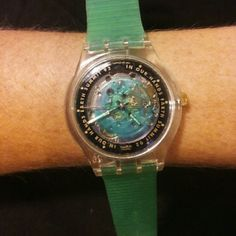 Vintage 1992 Swatch UN in our hands Watch Very cool 1992 UN In our hands  Earth Summit. Very relevant  watch for the times. Made by Swatch. An automatic movement  running on your own kenetic movement. Forever  power. Never needs a battery. Stunning  watch. Fine Swiss  timepiece. The band is orginal, 20 + years. Plastic doesn't  last. Even though its Never worn. I still suggest a brand new band from squiggly if it's going to be worn. Comes in orginal box with paperwork new old stock. Last…