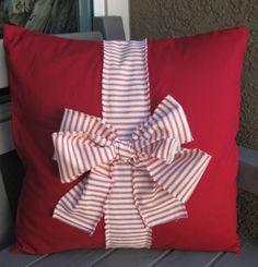 Christmas throw pillow                                                                                                                                                                                 More