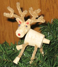 How to Christmas Cork Reindeer Ornament