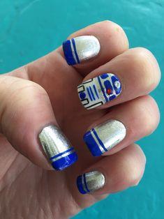 Star Wars Nails. R2-D2 nails