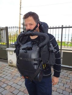 Using an O2 rebreather
