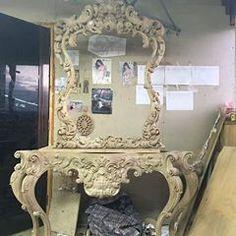 『AHMAD ALHAJ IBRAHIM』 (@ahmad_alhaj_ibrahim) • Instagram photos and videos Craft Wood Pieces, Carving Designs, Wood Sculpture, Wood Crafts, Photo And Video, Videos, Photos, Furniture, Instagram