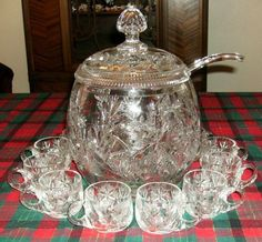 Vintage Very Large Nachtmann Clear Cut Crystal Punch Bowl Set Germany Antique Glassware, Antique Perfume Bottles, Crystal Glassware, Crystal Vase, Fenton Glassware, Cut Glass, Glass Art, Fenton Milk Glass, Punch Bowl Set