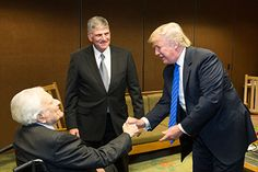 Photo Gallery - Billy Graham Memorial with President Donald Trump, whom went to one of his crusades as a child with his Father and mother admiring and learning from America's Preacher. and Rev Franklin Graham on picture Billy Graham Family, Pastor Billy Graham, Billy Graham Quotes, Billy Graham Library, Rev Billy Graham, Sinner Saved By Grace, Franklin Graham, Greatest Presidents, First Lady Melania