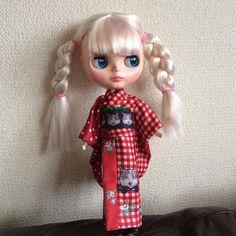 """""""実はこの子も超かわいい。  #kimono #キモノ #着物 #きもの #yumi_kimono #yamamotoyumi #やまもとゆみ #kawaiimuseebyyamamotoyumi  #ブライス #blyth"""""""