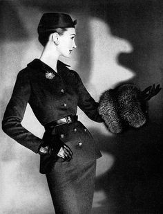 Ciao Bellissima - Vintage Glam; Evelyn Tripp, 1955 Women's vintage fashion photography photo image