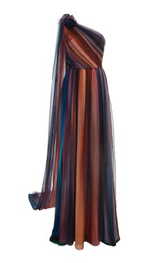 Pretty Outfits, Pretty Dresses, Chiffon Gown, Event Dresses, Beautiful Gowns, Dream Dress, Dress To Impress, Evening Gowns, Dress Up