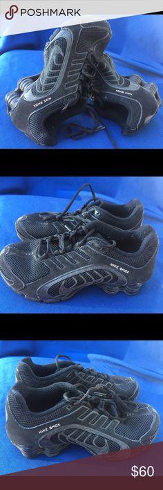 Women's Nike shox navina size 7 Gently used Nike Shoes Sneakers