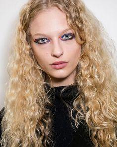 #TB Fendi FW16 beauty Just a week til it starts all over again #fashionmonth #bringiton #newyork #london #milan #paris #fashionweek #herewegoagain #letthegamesbegin