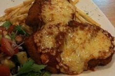Filete de pollo empanado gratinado