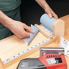 Clever Sandpaper Storage | Woodsmith Tips