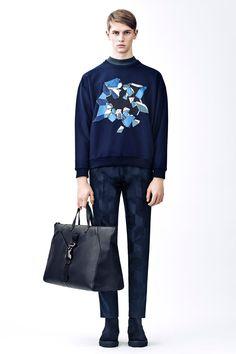 Menswear Autumn Winter 15 | Christopher Kane Fashion Week Hommes, Mens Fashion Week, Fashion Show, Fashion Trends, Men's Fashion, Runway Fashion, Fashion Menswear, Fashion Spring, Christopher Kane