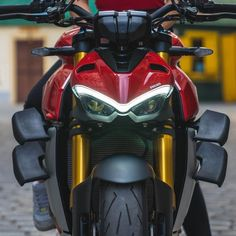 Sport Bikes, Ducati, Cars And Motorcycles, Vehicles, Street, Awesome, Sportbikes, Sports, Roads