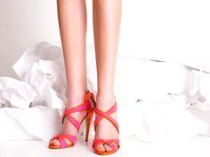 Viola Orange & Hot Pink by Sophie Gittins  http://www.giordanodieci.com/int/recently-women/viola-orange-hot-pink.html