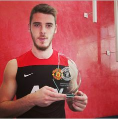 Manchester United are doing all they can to ensure they qualify for the Europa League next season, says goalkeeper David de Gea. Manchester United Players, Europa League, Man United, Goalkeeper, Football Team, Hot Guys, Tank Man, Soccer, The Unit