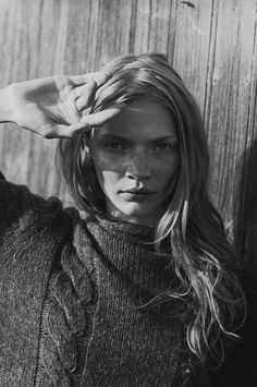 Jodie Kidd ph. Peter Lindbergh / Jinxproof Be featured in Model Citizen App, Magazine and Blog. www.modelcitizenapp.com