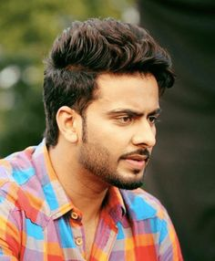 Makirt Aulakh Hairstyle Collection and Haircuts Here are the Hairstyles of Punjabi singer mankirt aulakh and Beard Badnam Singer igadi jatt and Jassi Gill Hairstyle, Hairstyle Look, Old Hairstyles, Sleek Hairstyles, Short Messy Haircuts, Beard Haircut, Beard Look, White Blonde, Trending Haircuts
