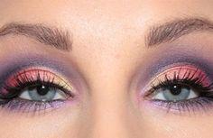 Party eye makeup, by swedish blogger Helen Torsgården. More awsome makeup on http://blogg.veckorevyn.com/hiilen/category/dagens-makeup/