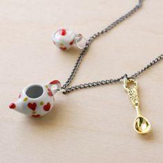 love this necklace.... so unique
