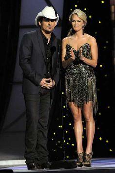 Carrie Underwoods gorgeous CMA Awards style