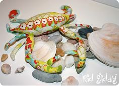 """Kid Giddy aka Kerry Goulder: Sewing Patterns, Crafts, DIY, Photography, Recipes and more: Busy Monday: Carter the Crab Softie - """"Bits 'n Pieces by Kerry Goulder"""" Crab Crafts, Diy Crafts, Softies, Plushies, Underwater Party, Heather Bailey, Recipe Mom, Foundation Paper Piecing, English Paper Piecing"""
